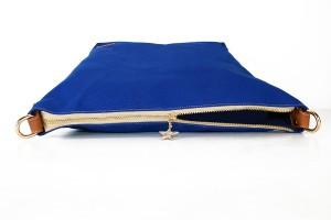 經典防潑水帆布肩背包_4