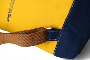 經典防潑水休閒反折雙色後背包_4